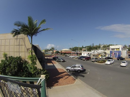 http://www.sailinn.com.au/wp-content/uploads/2016/05/view-down-main-street.jpg