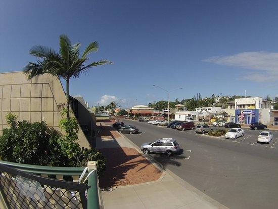 https://www.sailinn.com.au/wp-content/uploads/2016/05/view-down-main-street.jpg