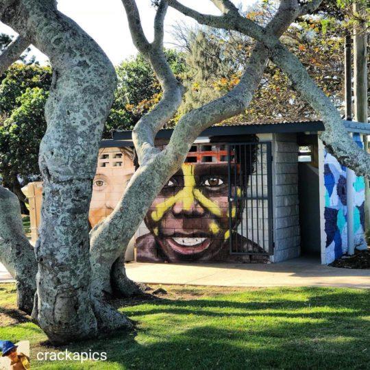 https://www.sailinn.com.au/wp-content/uploads/2019/05/child-yeppoon-street-art-540x540.jpg