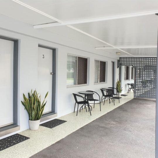 https://www.sailinn.com.au/wp-content/uploads/2019/05/sail-inn-motel-yeppoon-parking-2019-1-540x540.jpg